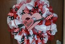 Valentine's Day Wreaths / Wreath Styles for Valentine's Day