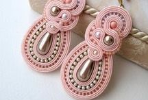 Beadwork - Soutache / The French word 'soutahe' comes from the Hungarian word 'sujtás'.