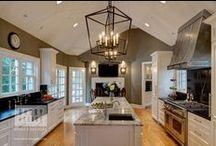 Traditional Kitchen Design / Inspiring traditional kitchen design by Drury Design.