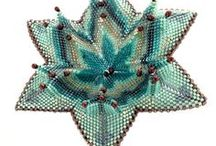 """Beadwork - by Kate McKinnon / """"Kate McKinnon is a globetrotting writer, metalsmith and photographer, and she has written six books on jewelry making and metalsmithing..."""" http://beadmobile.wordpress.com/ http://katemckinnon.wordpress.com/ / by Eszter Bódi"""