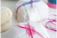 Cute Gift Wrap Ideas / by Susan Malkan