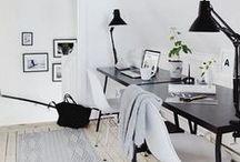 Lugares de trabajo. Workplaces / Workplaces and desks. Lugares de trabajo e escritorios.