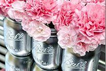 Wedding DIY / Wedding do-it-yourself ideas for the budget-conscious, green or crafty bride!