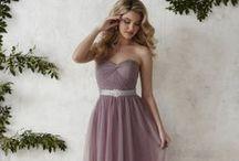 Bridesmaid Dresses / Bridesmaid dresses we love!