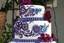 Wedding Cake! / Um, because everybody loves cake ...