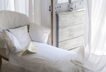 Clasic Interiors..Some Details.....Vignettes / by MARTHA LUCIA AGONH