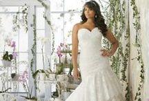 Wedding Dresses For The Curvy Bride! / Fabulous designer wedding dress options for the fabulous plus size bride!