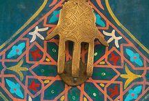Hamsa -The hand of St.Fatima  (5-Hz.Fatıma'nın Eli)