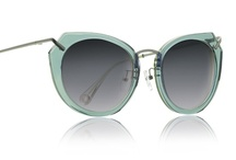 [Sunnies disposition] / obsessed with sunglasses / by Taeler Janae Austin Durrant