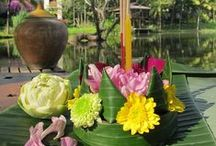 How to make Krathong / From Four Seasons Chiang Mai: floating flower boats for Thailand's Festival of Lights