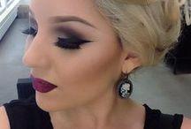 Makeup Looks / by Dani Meyer