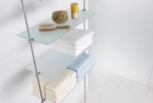 Bad-Accessoires / Bad Accessoires aus Edelstahl V2A sind prädestiniert für die Gestaltung von Badezimmern, Nassräumen und Sanitärbereichen. Die Vorteile liegen auf der Hand: Edelstahl ist nahezu rostfrei, pflegeleicht und hygienisch, kratzfest und langlebig. Dazu hervorragend kombinierbar mit anderen Materialien wie Holz, Stein oder Glas.