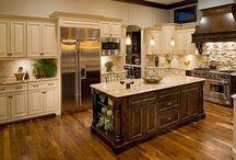 Kitchens / by Dana Kelman