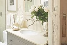 Guest Bath / by Raylan White
