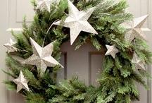 Wreaths <3 / by Jessica Lefebvre