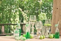 Wedding color: green - themakleur: groen / Heerlijke inspiratie voor een bruiloft met groene accenten! / by Wedspiration - leuke ideeen voor je bruiloft