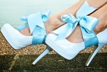 Wedding color: blue - themakleur: blauw / Inspiratie voor jullie bruiloft met als thema kleur prachtig blauw! / by Wedspiration - leuke ideeen voor je bruiloft