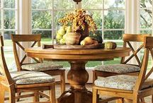 Bountiful Dining Tables / Warm, inviting dining tables perfect for large gatherings. Choose one of these bountiful tables for the perfect Thanksgiving with friends and family.