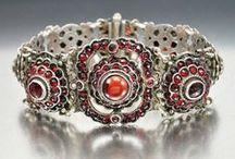 Victorian Jewelry / I just love unique Victorian jewelry...here are a few!