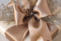 Wrapping & Bows & Gifts