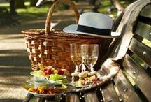 Picnic / Picnics can be over the top and elegant or casual and comfortable. Picnics are a easy luxury for me to enjoy. MoreStyleThanCash.com