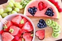 Heart Shaped Food / Fast, easy and inexpensive heart shaped foods to make for your sweetie. Great for breakfast in bed. Want more ideas? Sign up for my Newsletter at Morestylethancash.com
