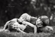 Family Pics / Family photo ideas.