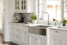 Kitchens / by Denise Bory