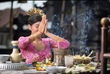 Ubud Bali / Reise Ubud Bali Yoga Massasje Yogaterapi Rismarker Seremonier Skjønnhet Vann templer
