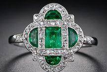 Be Jeweled  / by Lhezzza