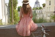 Dreaming of Paris / Paris and romantic gestures  / by Jacqueline Griffin