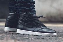 Air Jordan Sneakers / Deals & Release Links for all of the best Air Jordan Sneakers