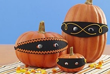 Halloween / Ghosts and goblins, pumpkins and jack-o-lanterns, everything spooky and scary for Halloween.  Recipes, crafts, and decorations. / by Laura Hiller