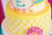 Cakes / by Kelly Alteneder
