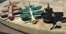 Avions pinces à linge / Ateliers en tout genre effectués avec les enfants - Avions pince à linge