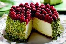 Sweets - Cheesecake / by Tasha Lambert