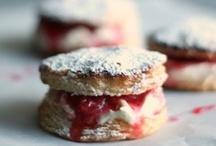 Sweets - Doughnuts, Rolls & Wraps / by Tasha Lambert