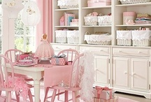 Little Girl's Room / by Sue Carrero