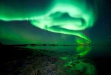 Aurore boréale  / Les aurores boréale / Northern Lights. Encore une merveille de la nature... / by Fleurs d'avenir