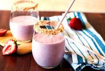 {Blend it for Breakfast} / All things smoothie - a healthy way to start your day! / by Taste and Tell