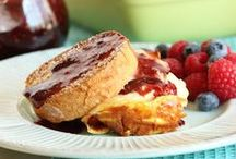 {Breakfast/Brunch} / All things breakfast! Pancakes, French toast, muffins, eggs, sausage, bacon - the best breakfast recipes on Pinterest! / by Taste and Tell