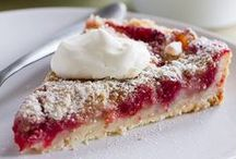 {Dessert} Pies/Tarts / Your one stop for the perfect pie recipes! Pie recipes, tart recipes, holiday pie recipes - you'll find the best here! / by Taste and Tell