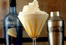 Foodie: Tipsy Sipping / Alcohol Beverages Recipes / by Ansley Brackin