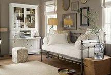 GUEST BEDROOM / by Axelle Blanpain