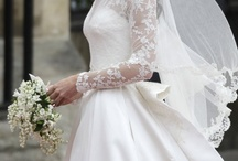 {Wedding} Blushing Bride / by Nayrobi Castillo-Patxot