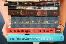 Read / books. books. books.