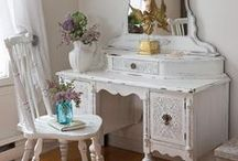 DIY Furniture Flipping / Refinishing Furniture / by Rebecca (Becky) Picard
