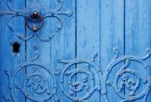 architecture=shut the front door! / by Julie Jones