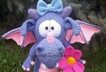 Crochet Toys / by Patricia Voldberg