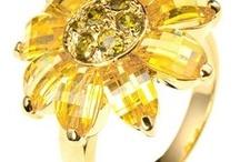 Yellow, Gold!! / by Lulubella